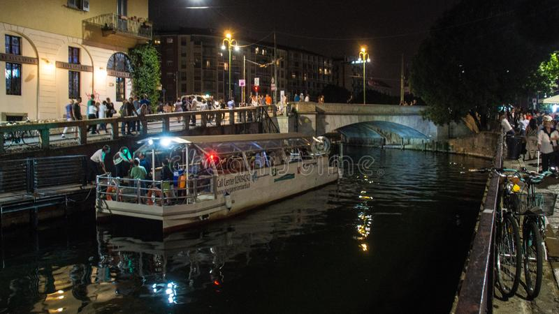 De rivier van Milaan bij nacht royalty-vrije stock foto
