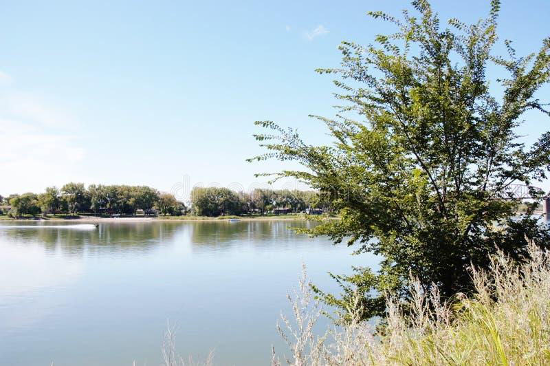 De rivier van Missouri in Noord-Dakota royalty-vrije stock foto
