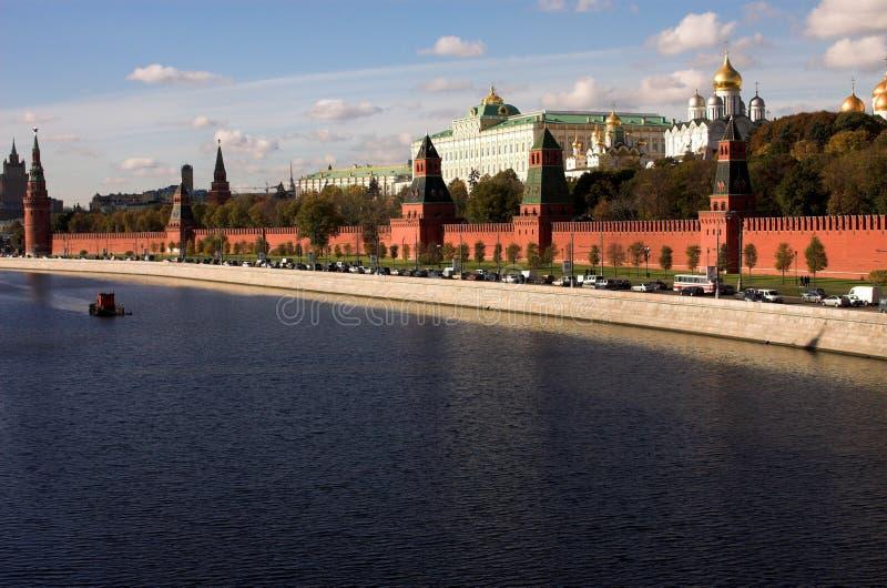 De rivier van Moskva, het Kremlin, Rusland, Moskou stock foto's