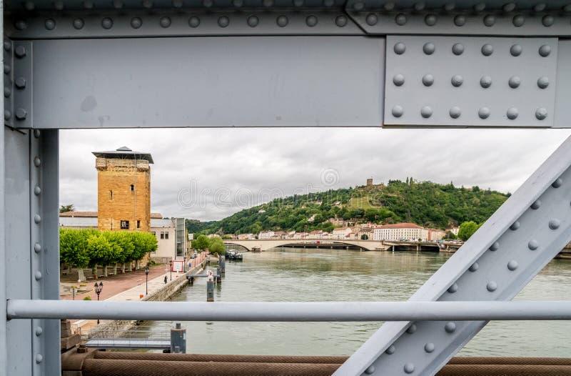 De rivier van de Rhône in Wenen stock foto's
