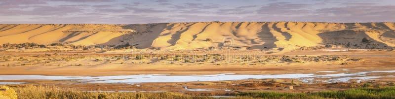 De Rivier van Saguiagr Hamra in Laayoune stock fotografie