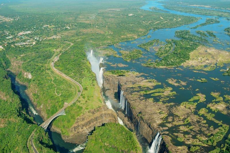 De Rivier van Victoria Falls en Zambezi van de lucht stock afbeelding