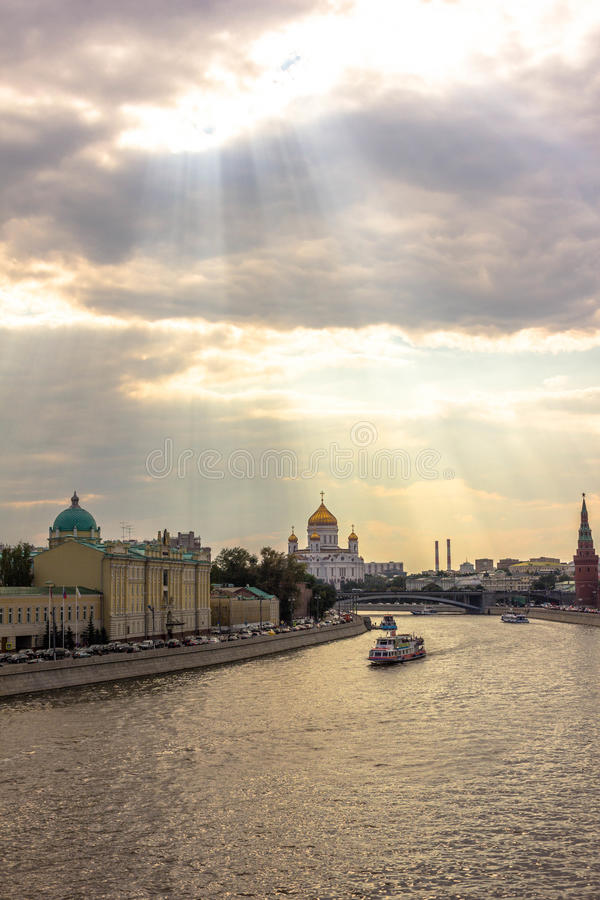 De Rivierlichten van Moskou royalty-vrije stock afbeeldingen