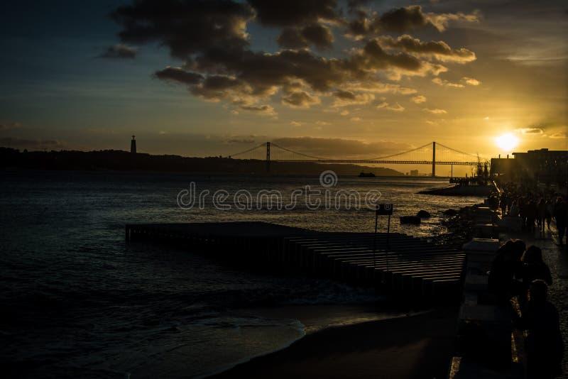 De rivieroevermening van Lissabon royalty-vrije stock foto