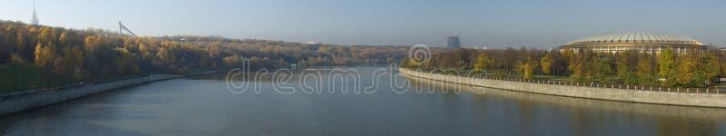 De rivierpanorama van Moskva royalty-vrije stock fotografie