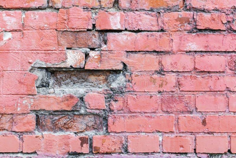 De rode achtergrond van de bakstenen muurtextuur grunge met vignetted hoeken, kan aan binnenlands ontwerp gebruiken stock foto