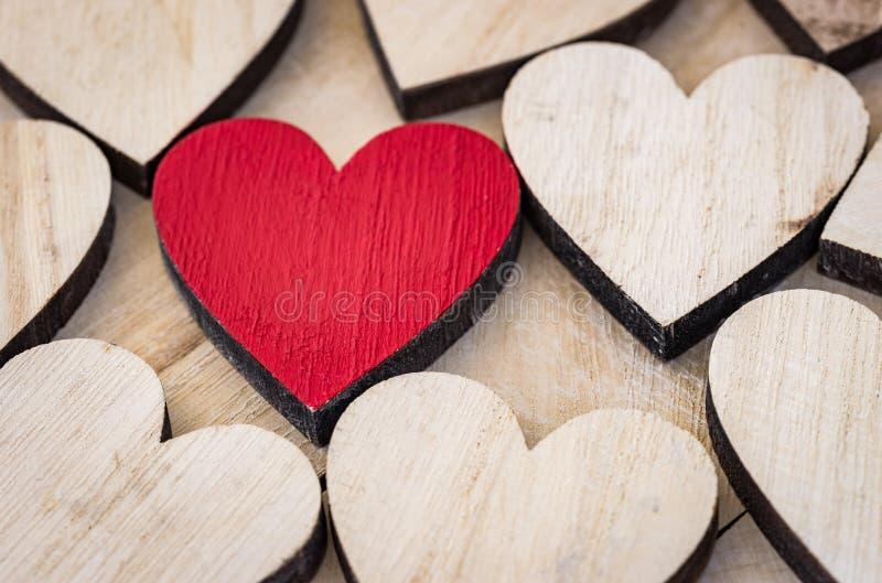 De rode achtergrond van het liefdehart voor Valentine of Huwelijk stock afbeelding