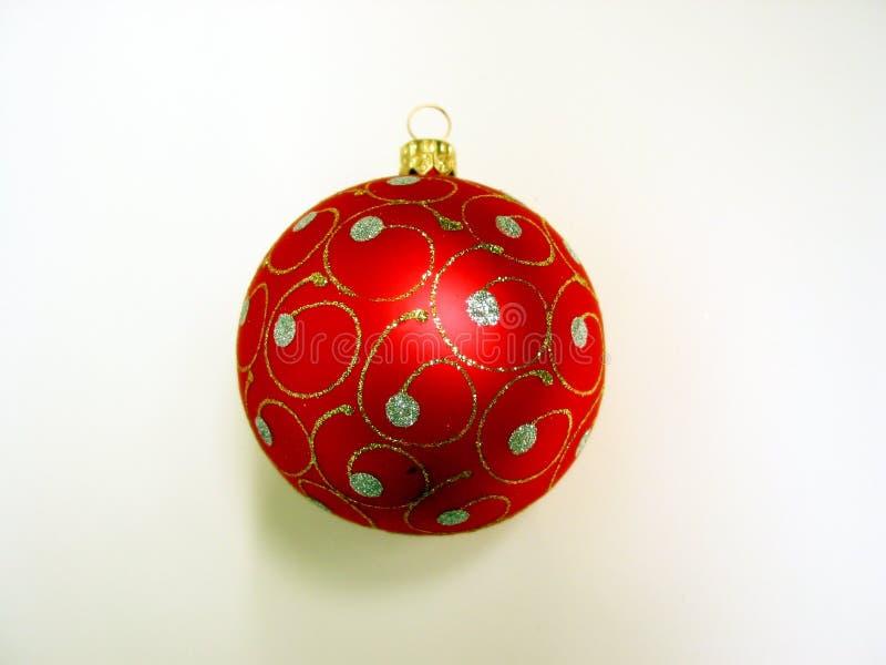 Download De rode bal van Kerstmis stock foto. Afbeelding bestaande uit ballen - 294492