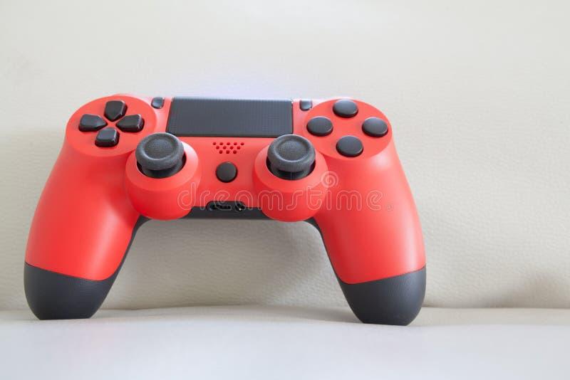 De rode kleur van het spelcontrolemechanisme stock afbeelding