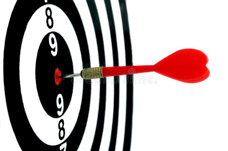 Rode die pijl in het centrum van doel-4 wordt geraakt