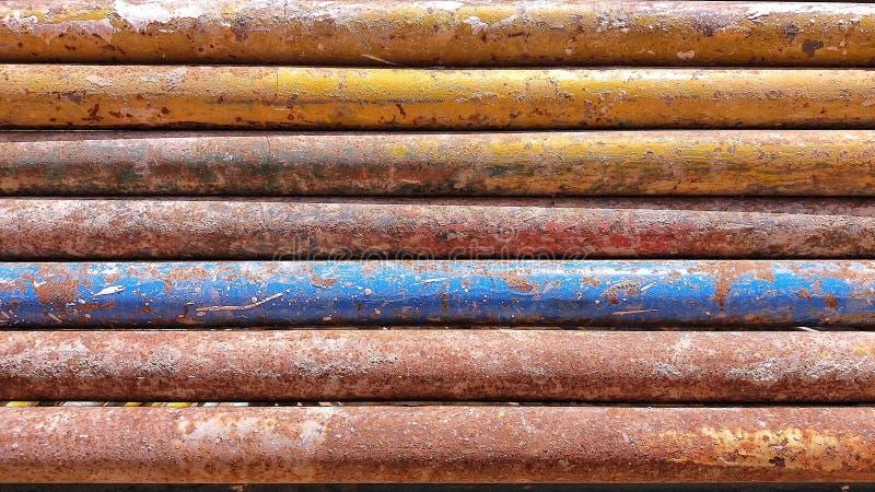 De roestige bar van het kleurenijzer stock fotografie