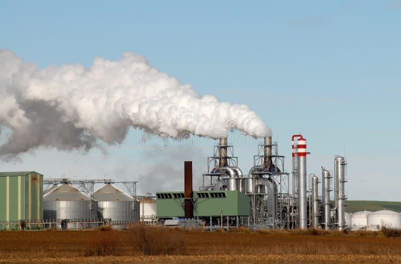 De rook van de de fabrieksschoorsteen van Ecjando stock foto's