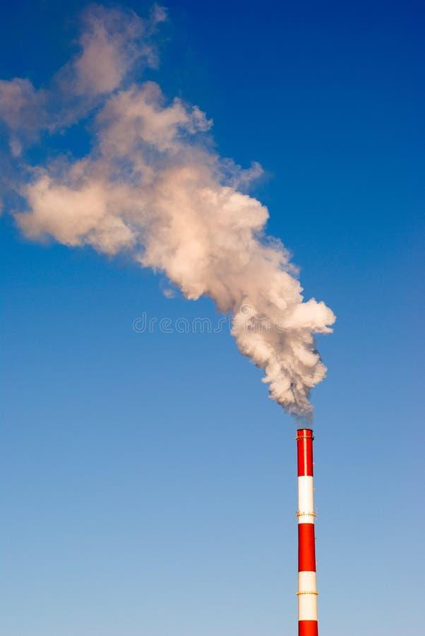 De rook van de schoorsteen stock foto