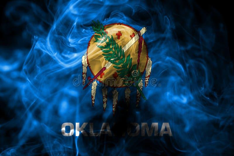 De rookvlag van de staat van Oklahoma, de Verenigde Staten van Amerika stock foto's