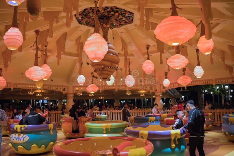 De Rotatierit van de Hunnypot in Shanghai Disneyland, China royalty-vrije stock foto's