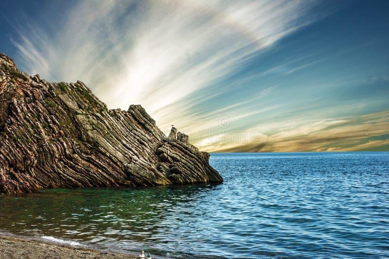 De rots van het de zomerstrand, Budva, Montenegro royalty-vrije stock foto