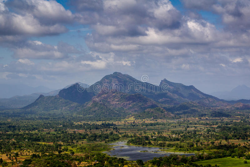 De rots van Sigiriya royalty-vrije stock afbeeldingen