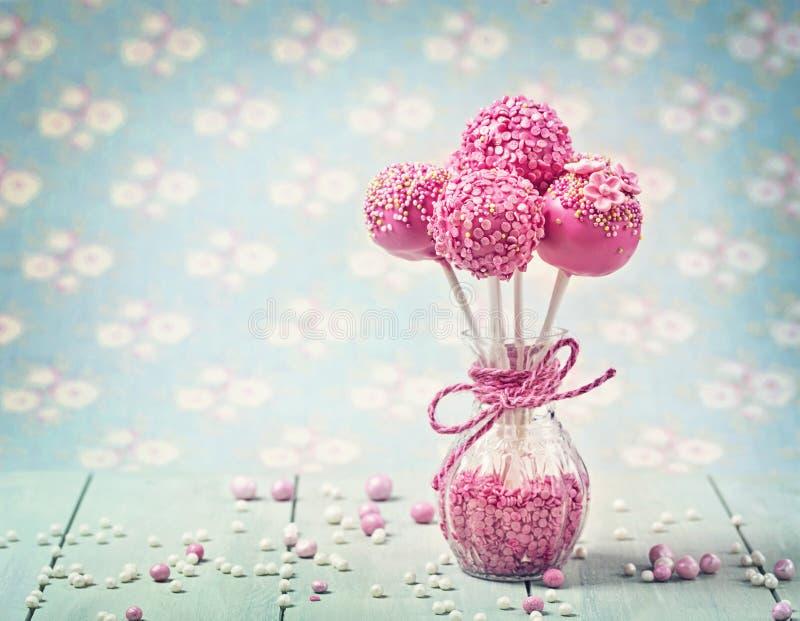 De roze cake knalt royalty-vrije stock foto's