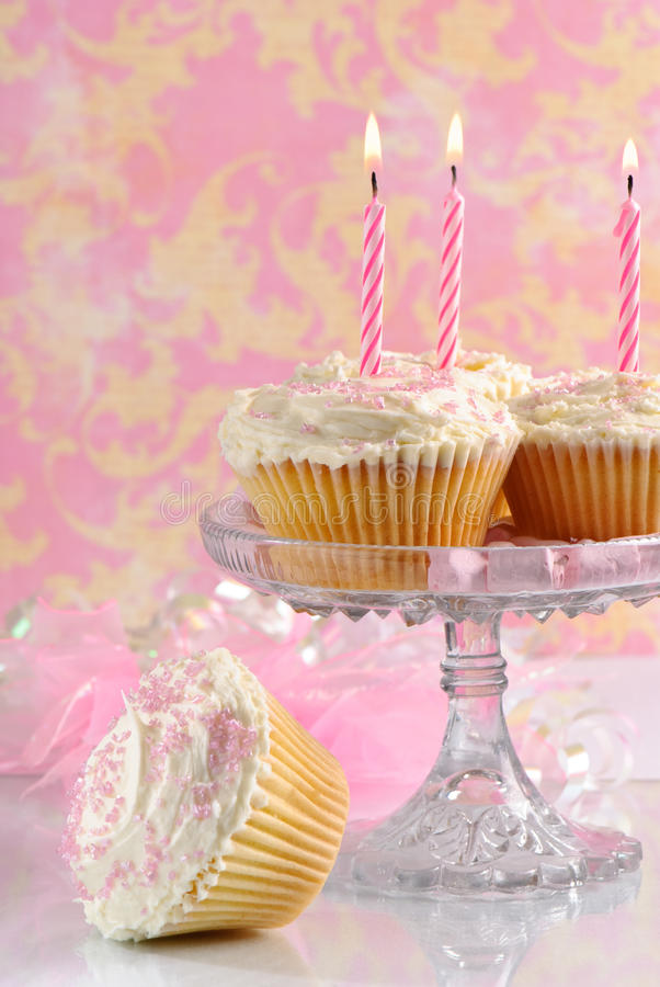 De roze Cakes van de Verjaardag royalty-vrije stock foto