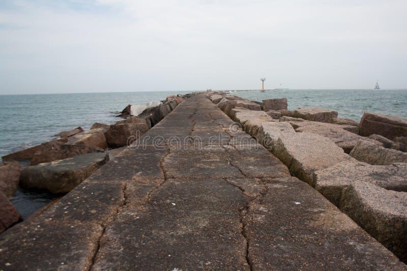 De roze Golf van de Granietpier van Mexico royalty-vrije stock fotografie