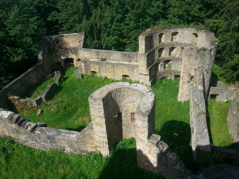 De Ruïne van het kasteel royalty-vrije stock afbeelding