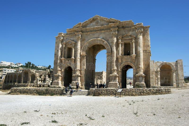 De ruïnes van de Boog van Hadrian ` s in Jordanië royalty-vrije stock foto