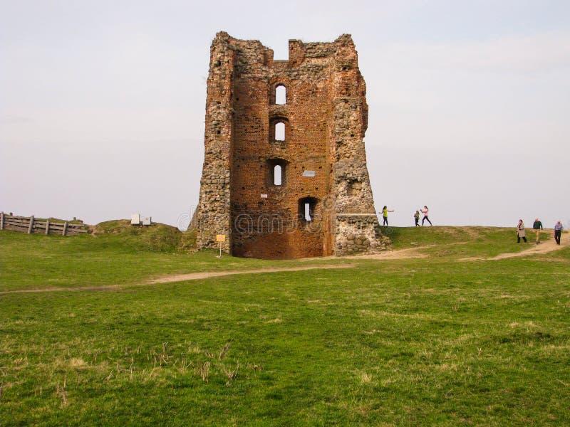 De ruïnes van een oud feodaal kasteel stock foto