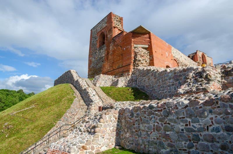 De ruïnes van het Hogere Kasteel Vilna, Vilnius, Litouwen stock fotografie