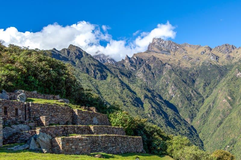 De ruïnes van de oude Inca-stad van Choquequirao, alternatief aan Machu Picchu, Peru stock fotografie
