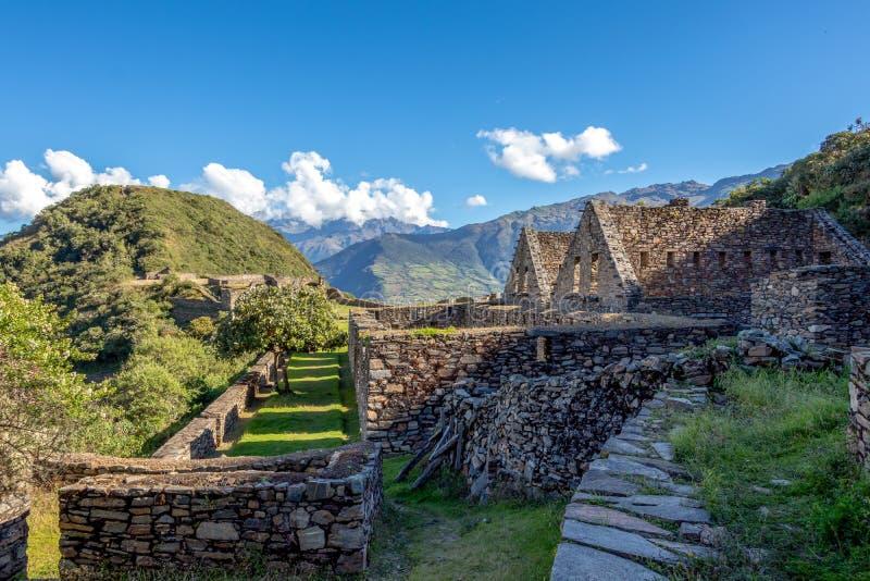 De ruïnes van de oude Inca-stad van Choquequirao, alternatief aan Machu Picchu, Peru stock foto