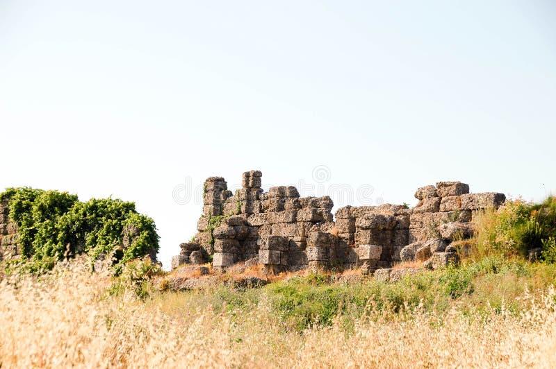 De ruïnes van de oude stad in Zijturkije Bewolkt weer royalty-vrije stock fotografie