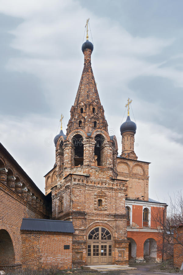 De ruïnesdeur van Poggioreale in balkon royalty-vrije stock afbeelding