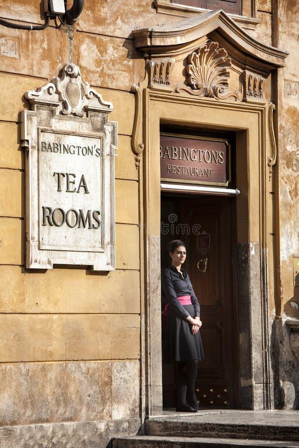 De ruimte van de Babingtonsthee Serveerster Spaanse stappen, Rome Italië stock afbeelding