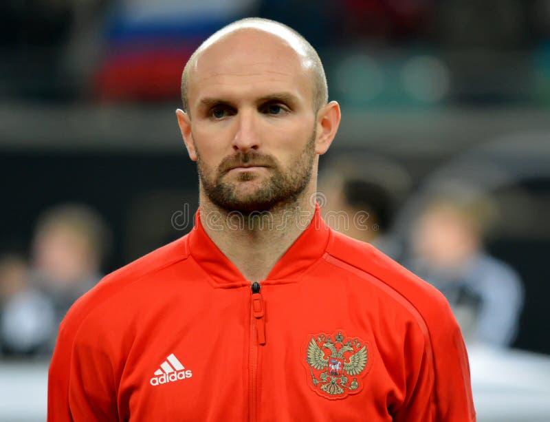 De Russische nationale verdediger Konstantin Rausch van het voetbalteam royalty-vrije stock afbeelding