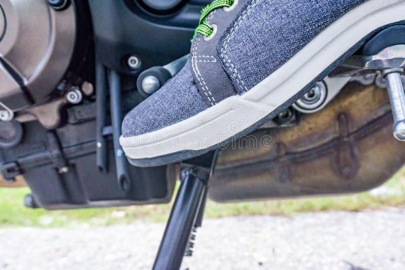 De rust van de motorfietsvoet stock afbeeldingen