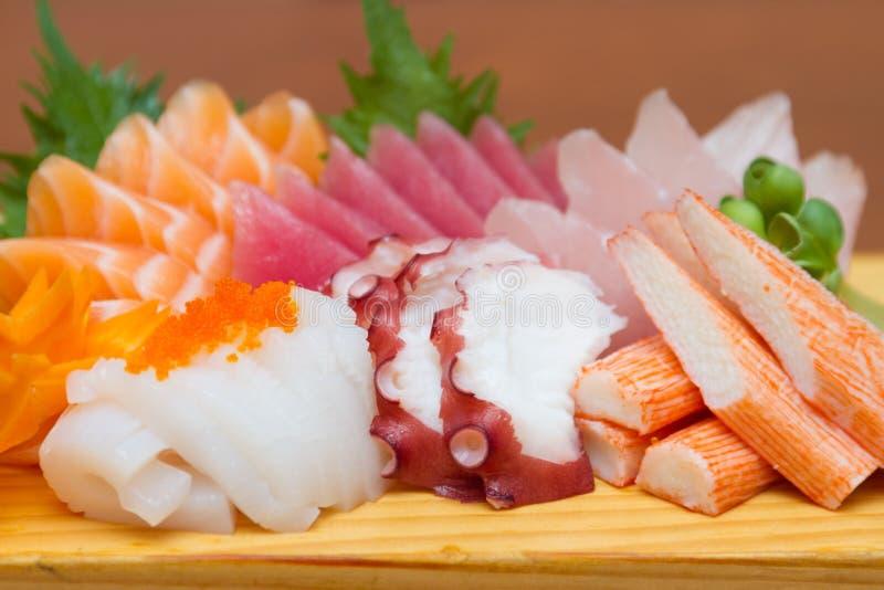 De ruwe reeks van de zeevruchtensashimi royalty-vrije stock afbeeldingen
