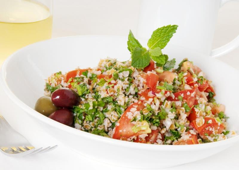 De Salade van Tabouli met Witte Wijn en Koffie royalty-vrije stock foto