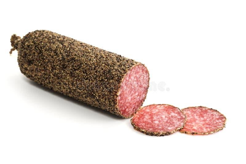 De salamiworst en plakken van Peppered royalty-vrije stock afbeelding