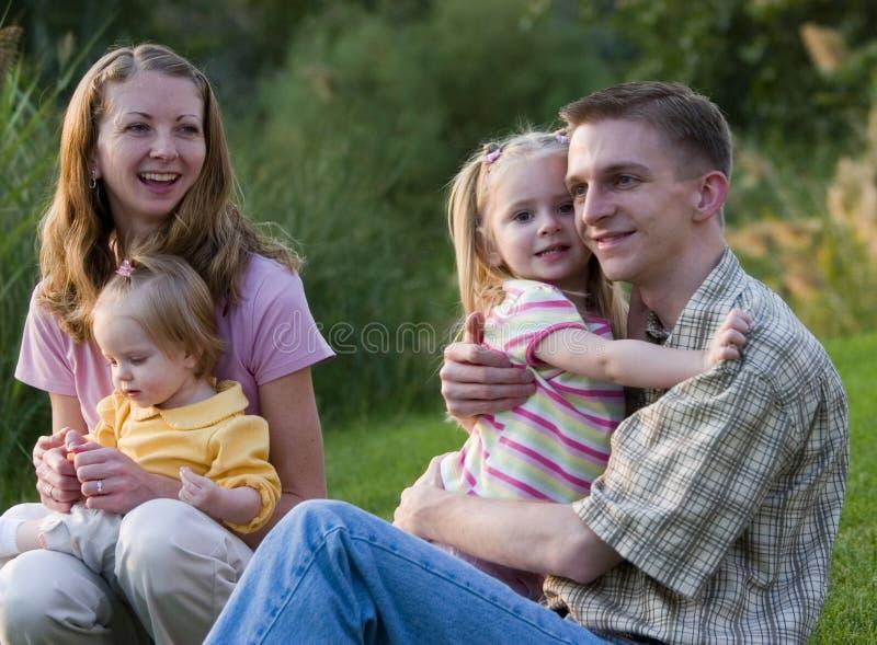 De Samenhorigheid van de familie stock afbeeldingen