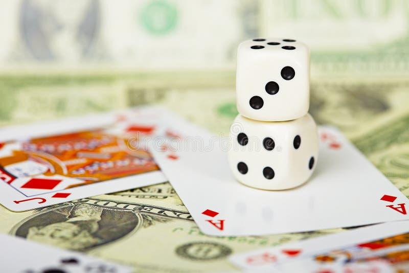 De samenstelling van dobbelt op het gokken thema stock afbeelding