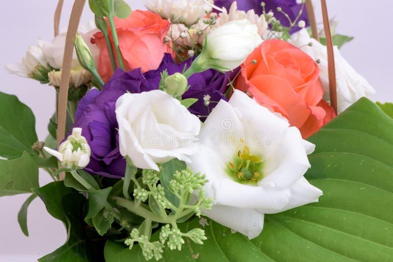 De samenstelling van het bloemenboeket stock fotografie