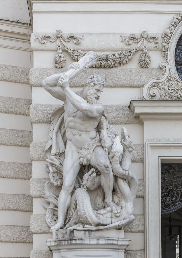De samenstelling werkt van Hercules voor Hofburg-Paleis A stock afbeeldingen
