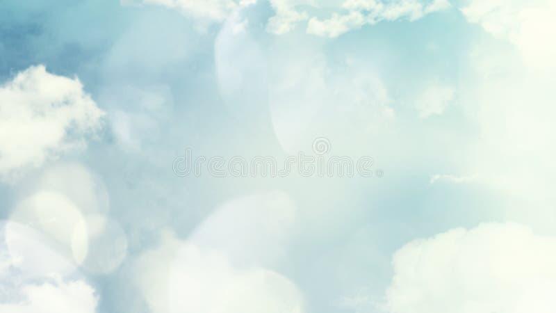 De samenvatting vertroebelde mooie zachte wolkenachtergrond met een pastelkleur multicolored gradiënt met bokehconcept voor het o royalty-vrije stock fotografie