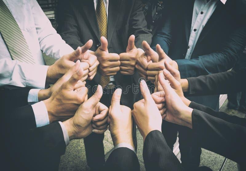 De Samenwerkingsconcept van de groepswerksamenhorigheid royalty-vrije stock foto