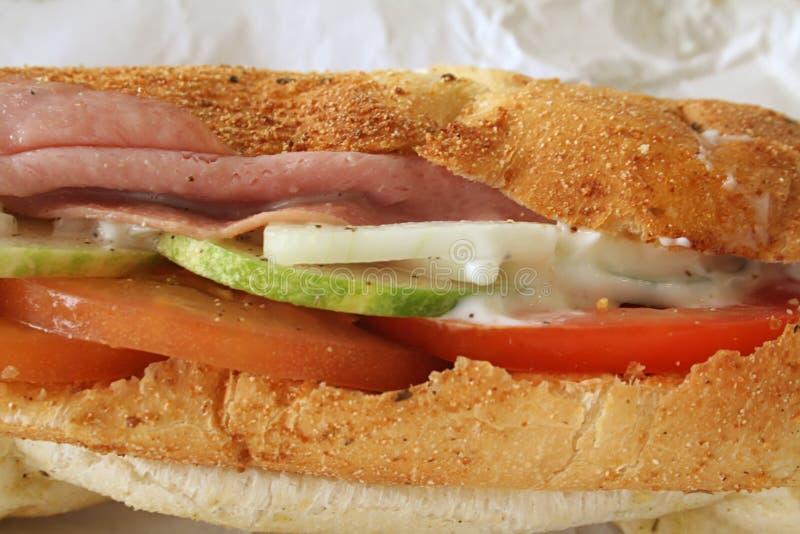 De Sandwich van de ham op Brood Baguette royalty-vrije stock foto's