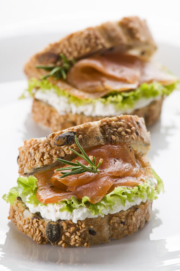 De sandwich van de zalm royalty-vrije stock afbeelding