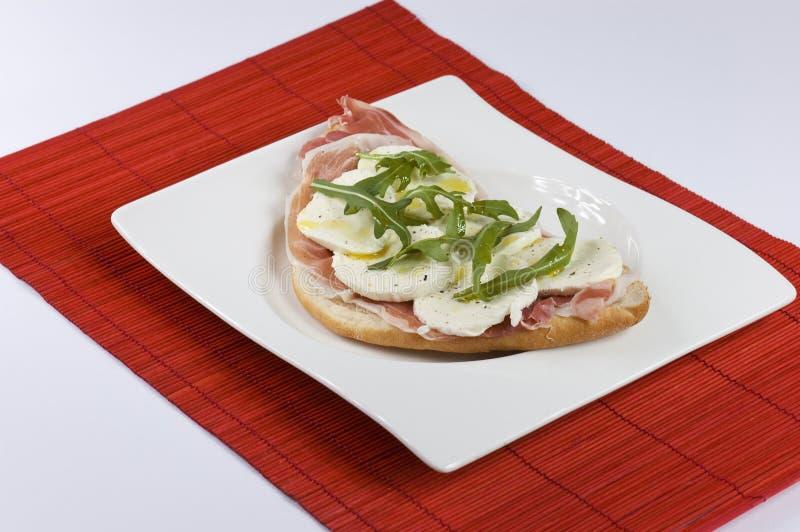 De sandwich van Mozarella stock afbeeldingen