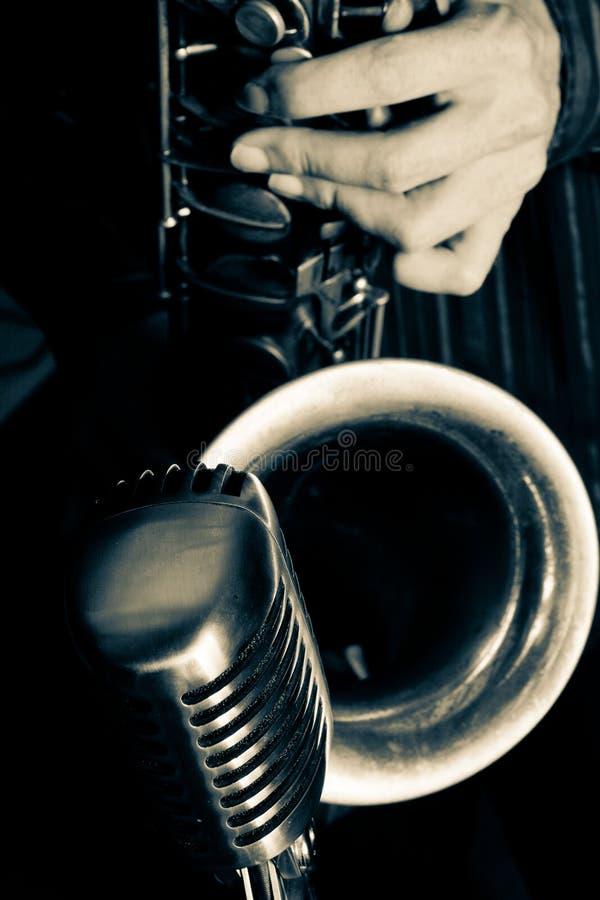 De Saxofoon van de jazz stock foto's