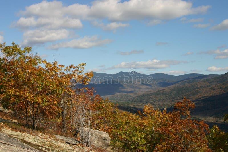 De scène van de de herfstberg stock afbeelding