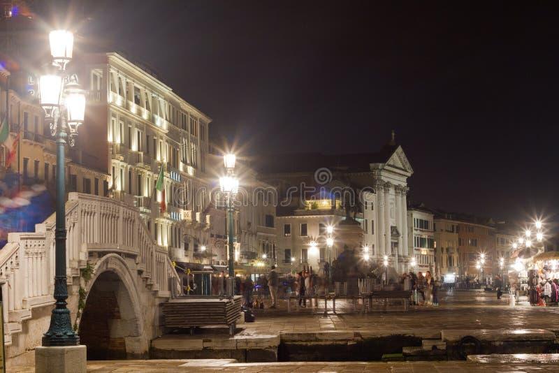 De scène van de de strandboulevardnacht van Venetië stock foto